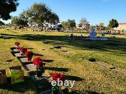 Cemetery Plot / Lawn Crypt in Oakdale Memorial Park/Mortuary