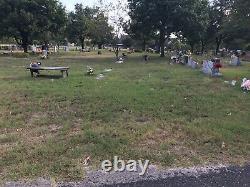 Cemetery Plots at Austin Memorial Park