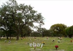 Prime Burial Plots, Cook-Walden Forest Oaks Memorial Park, Austin, Texas, Shaded