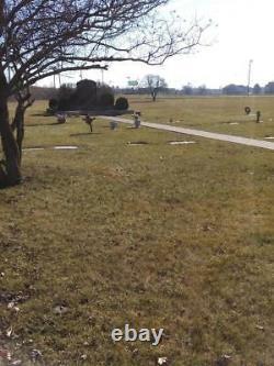 Single Cemetery Plot in Highland Park Cemetery in Northeast Fort Wayne